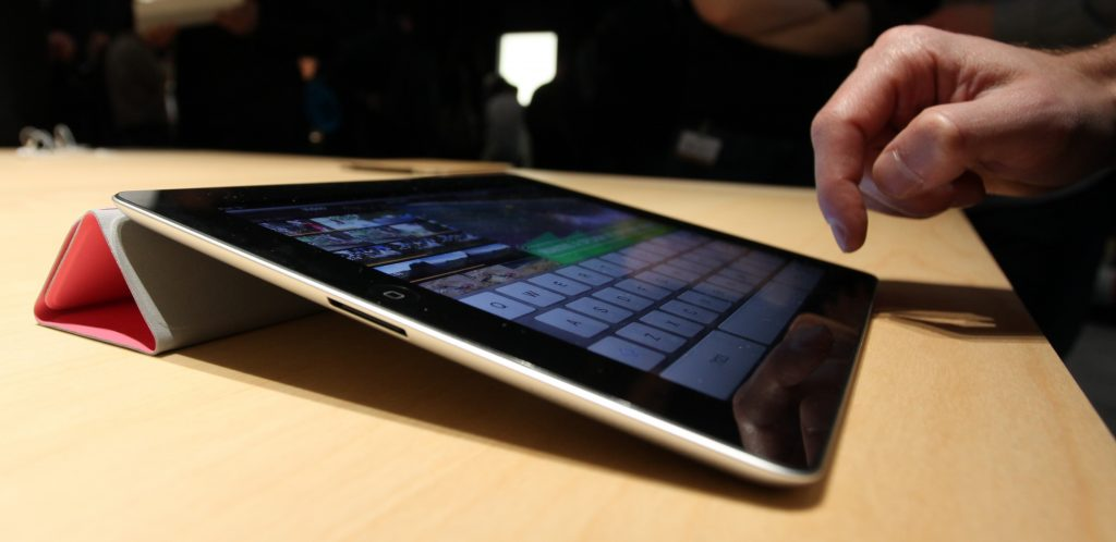 new-details-about-apples-super-sized-ipad-have-leaked
