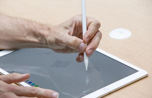"""6 tính năng trên iPad Pro sẽ khiến dân đồ hoạ """"chết mê"""" - 104515"""