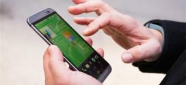 Cách khoá màn hình HTC M8 chỉ bằng ba cái nhấp tay