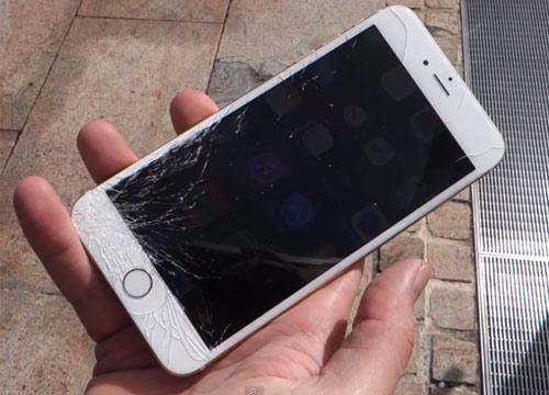 iPhone 5S bị bể, nứt màn hình