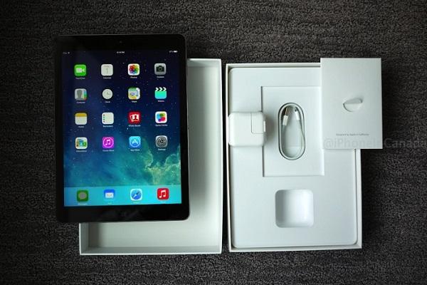 Một iPad Air chính hãng là một chiếc iPad có đầy đủ phụ kiện kèm theo.