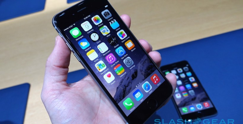 apple-iphone-6-6-plus-hands-on-sg-10-820x420
