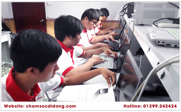 hoc-sua-chua-laptop-DIEN-THOAI-chuyen-nghiep-24h-2