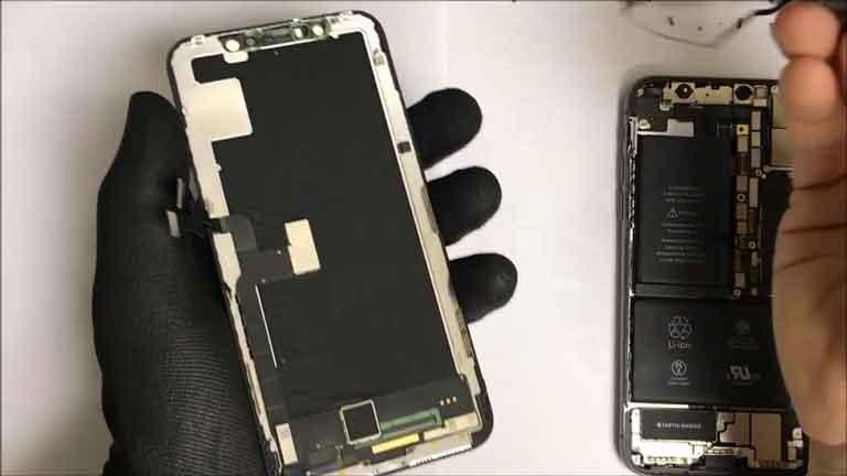 Kinh nghiệm khi thay màn hình iPhone XS Max tại 24h hình 3