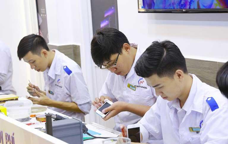 Gia Thay Man Hinh Mat Kinh Samsung J7 Prime Chinh Hang O Dau Tot Nhat 02