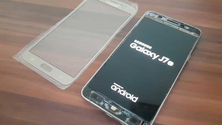Gia Thay Man Hinh Mat Kinh Samsung J7 Prime Chinh Hang O Dau Tot Nhat 03
